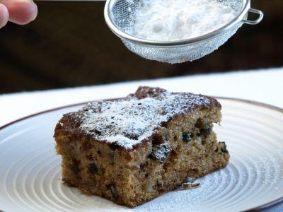 Ciasto dyniowe posypane cukrem pudrem