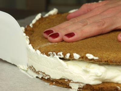 Przekładanie ciasta
