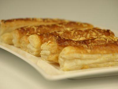 Paluchy z ciasta francuskiego